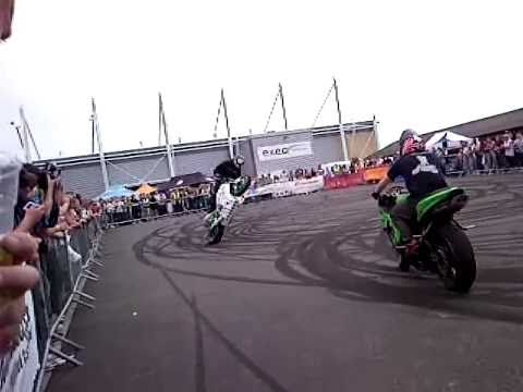 Insane Motorbike Skills!! Amazing!!