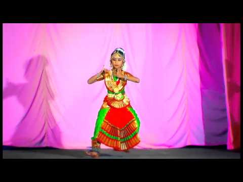 Nrithamadoo Krishna By Janaki Mahalakshmy video