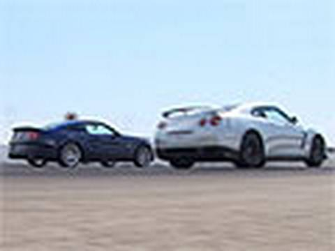 Godzilla Battles Super Snake! - Nissan GTR Vs Shelby GT500 Super Snake Drag Race