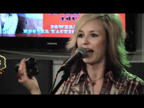 Kristen Kelly - Drink Myself Out Of Love With You