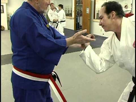 Syu-Sin-Do Self-Defense against knife attacks