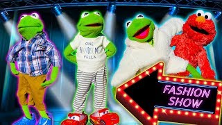 Kermit the Frog Buys New Clothes for Fashion Show! (Featuring Elmo)