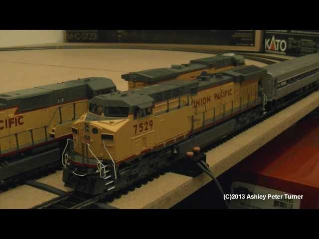 Model Train Running Session Video 1 (American HO) HD