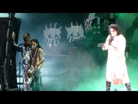 Alice Cooper - Feed My Frankenstein (Hollywood Bowl, Los Angeles CA 7/21/14)