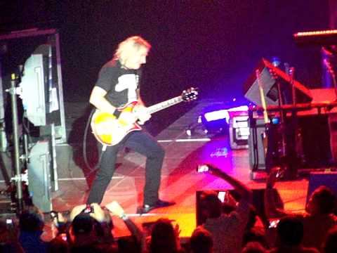 Joe Walsh Live 2011 - Life's Been Good - Houston - 10/12/2011