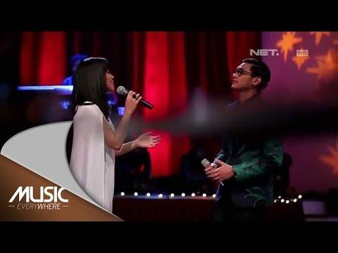 download lagu Afgan & The Gandarianz Feat. Yura Yunita - Kamu Yang Ku Tunggu -  Everywhere gratis
