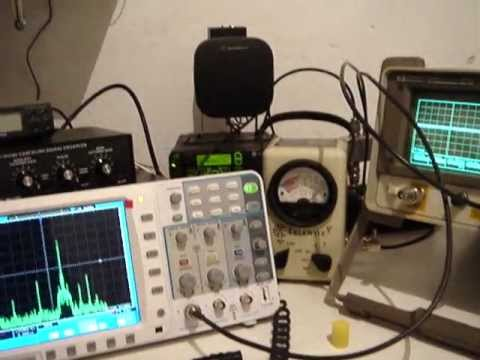 MotoTrbo DGM6100 ON HP 8920A Service Monitor and Oscilloscope 100 MHZ OWON SDS7102