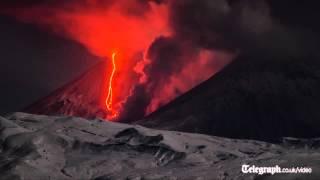 Volcano eruption filmed in timelapse