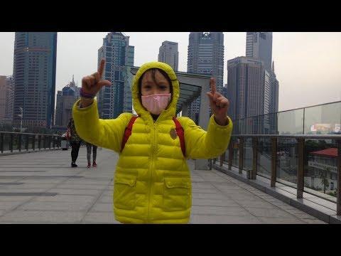 8-Year-Old Girl Scales Shanghai Tower (World's 2nd Tallest Skysraper)