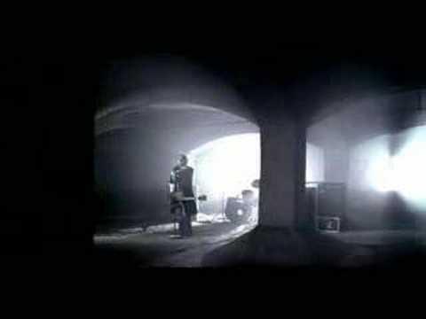 Би-2 feat. Д. Арбенина - Из-за меня (OST Я остаюсь) (2007)