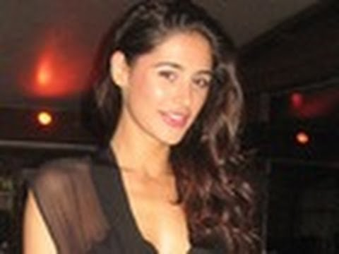 Rockstar 'star' Nargis Fakhri in Race 2