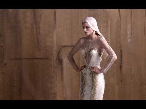 Fashion editorial with continuous lighting and high ISO | Adam Angelides | Phase One
