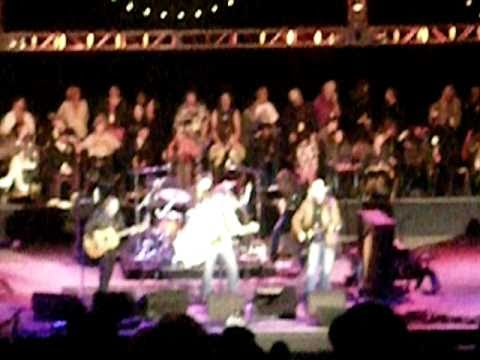 Buffalo Springfield - Nowadays Clancy Can't Even Sing live 10/24/10