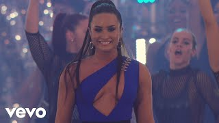 Download Lagu Demi Lovato - Sorry Not Sorry  (Live At The MTV VMAs / 2017) Gratis STAFABAND