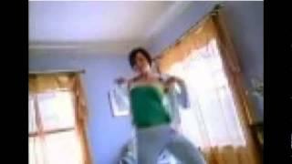 فيديو فتاة فاس تتعرى امام كاميرا الحاسوب