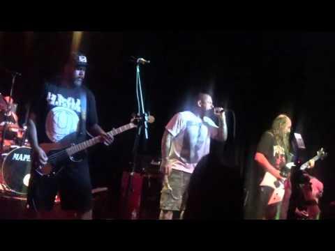 Oitão - Faixa de Gaza Live - Inferno Club/SP - 09/04/16