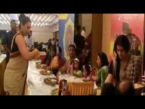 Kajol & Rani Mukherjee CELEBRATE Durga Puja together