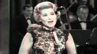 Rose Marie singing Chena A Luna