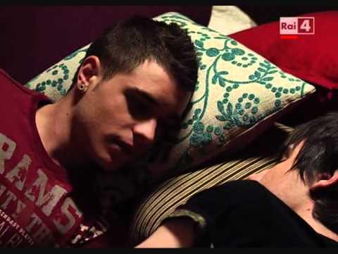 video gay 18 anni backstage film porno