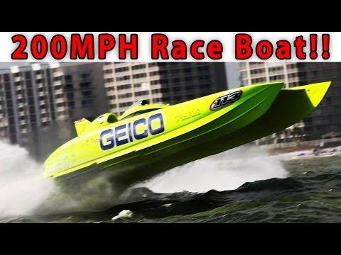 200+ MPH Race Boat Tour: Miss Geico