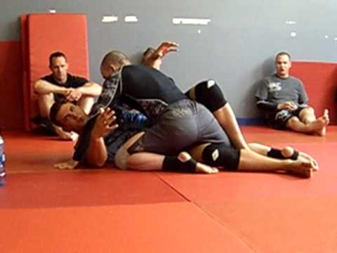 Frank Mir (part 3): Half Guard for MMA and moving your body in unison
