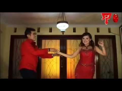 Amriz Arifin & Erni AB - Madu [Official Music Video]