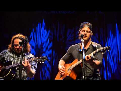 Kip Moore young Love Franklin Theatre 11-13-13 video