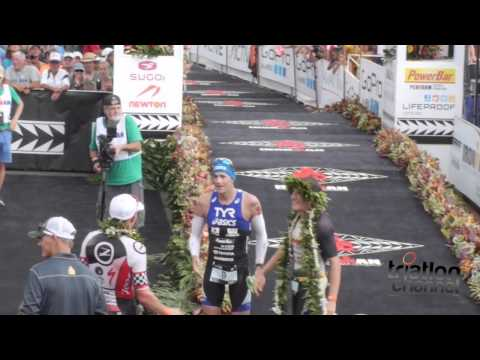 Llegada de Tops IRONMAN Hawaii 2014