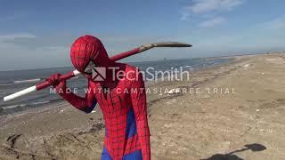 Người nhện đỏ đi đào trứng khủng long