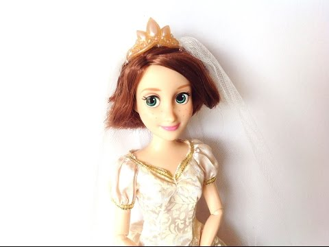 Disney Store: Tangled | Wedding Rapunzel Doll Review