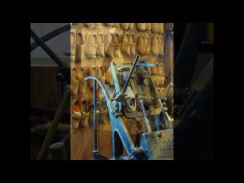 Typical Dutch clogs wooden shoes klompen Zaanse Schans Zaandam サボ  木底鞋 træsko zoccoli