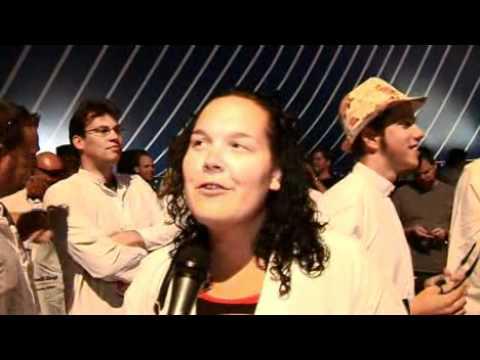 Reportage over Lowlands zingt met Tijl Beckand en Ruben van der Meer