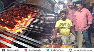Zakir Nagar Food Walk | RAMZAN Special - Nahari + Butter Chicken Tikka + Kebab + Daleem Biryani