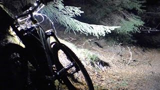 3000 lumen bike light - night downhill and low / high beam comparison
