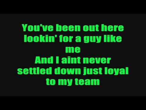 Sean Kingston Ft. Chris Brown & Wiz Khalifa - Beat It (Lyrics On Screen)