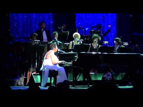 Aretha Franklin - Tribute Whitney Houston - NYC 2014