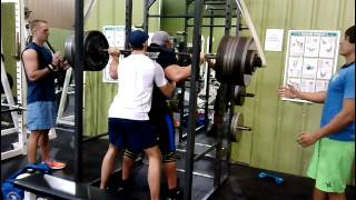 19 year old reverse band 800 pound squat for reps
