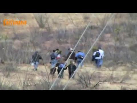 cruce por el desierto de migrantes notidiario