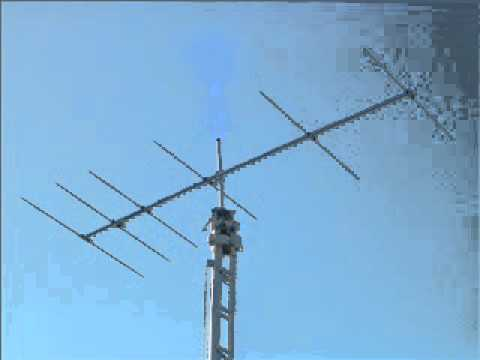 VK6WG working VK5PJ on 144 MHz 2000 Km (audio)