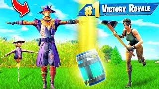 Hiding as a SCARECROW In Fortnite Battle Royale!  from Muselk
