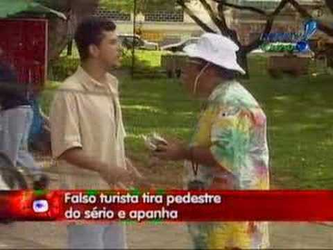 Pegadinha do João Kleber - Falso Turista Music Videos