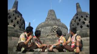 Paradasula goes to borobudur