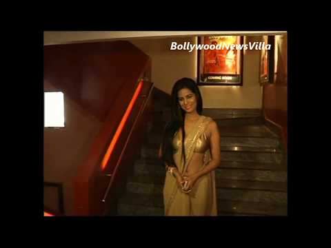 Poonam Pandey In Eye Popping Golden Saree. video