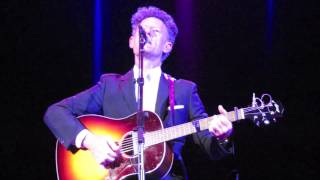Watch Lyle Lovett Bears video