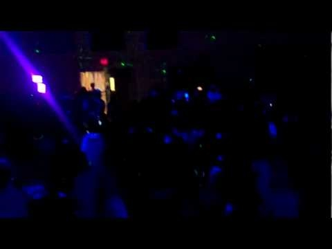How to do a Black Light Party Glow Party  Hollywood DJ -  Hollywooddj.com
