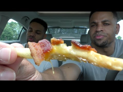 Eating Wendy's Bacon Queso Fries @hodgetwins thumbnail