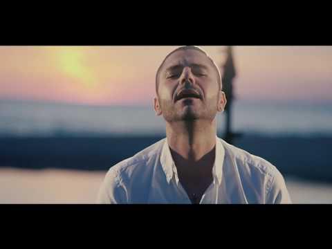 GIANNI FIORELLINO   VOGLIO PARLA' CU TTE official video