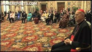Pope meets with six ambassadors, pushes for right to education 12/14/2012