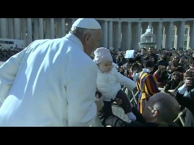 Jubileu da Misericórdia: Vaticano expõe relíquias de Padre Pio e São Leopoldo Mandic