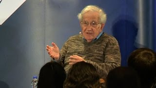 "Noam Chomsky: Young Bernie Sanders Supporters are a ""Mobilized Force That Could Change the Country"""
